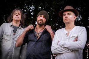 huma-nos-artistas-banda-rock-2