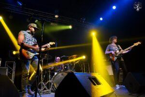 huma-nos-artistas-banda-rock-10